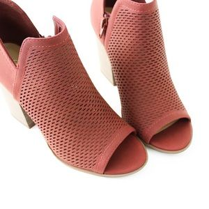 Soda Shoes - caster rust perforated bootie sandal